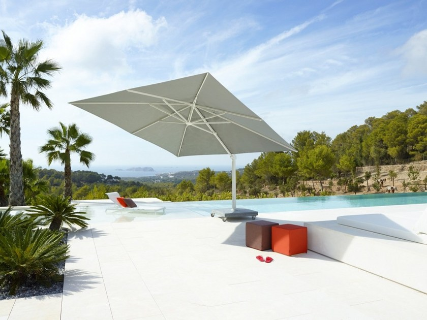 Offset acrylic Garden umbrella KINGSTON by Jardinico