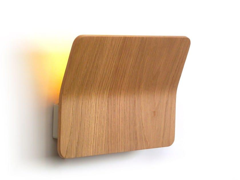 Applique a led in legno kito by luxcambra