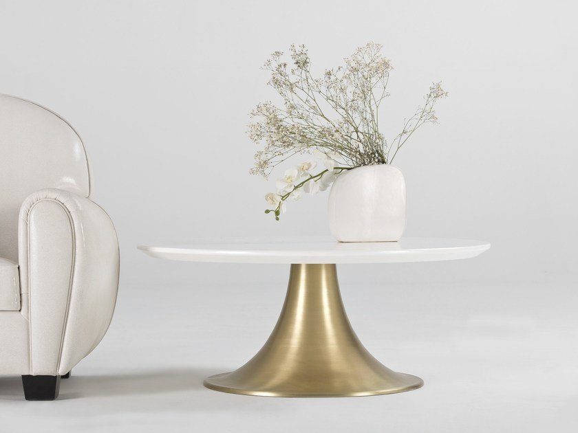 Lacquered round coffee table KLASS | Round coffee table by MasqLiving