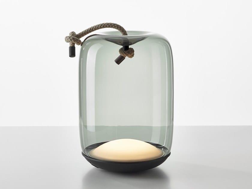 Lampada da tavolo in metallo e vetro soffiato a batteria KNOT BATTERY by BROKIS