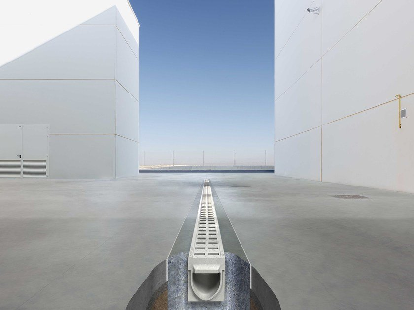 Polymere concrete Drainage channel and part KOMPAQDRAIN ® by Ulma Architectural