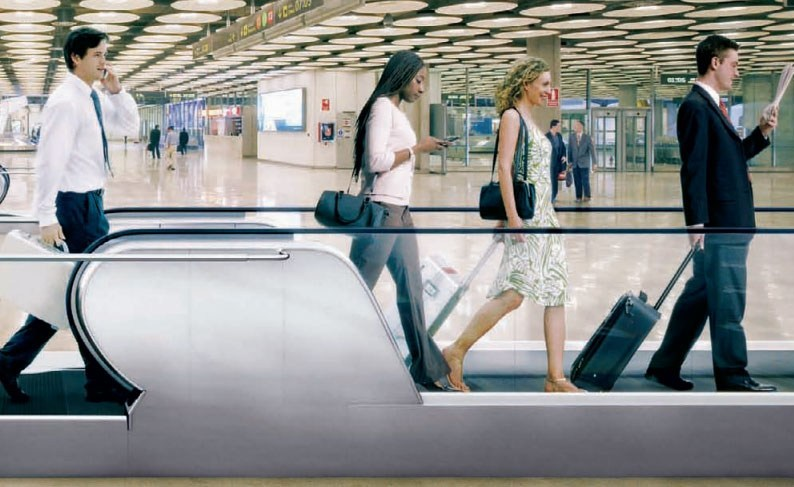 Moving walkway KONE InnoTrack™ by KONE