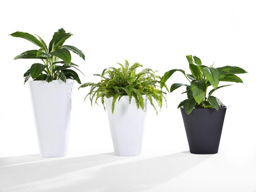 Vaso da giardino alto KONO | Vaso da giardino by Derlot Editions