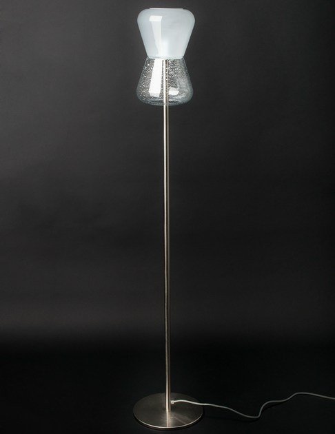 Lampada da terra a LED in vetro di Murano KORO | Lampada da terra by Veronese