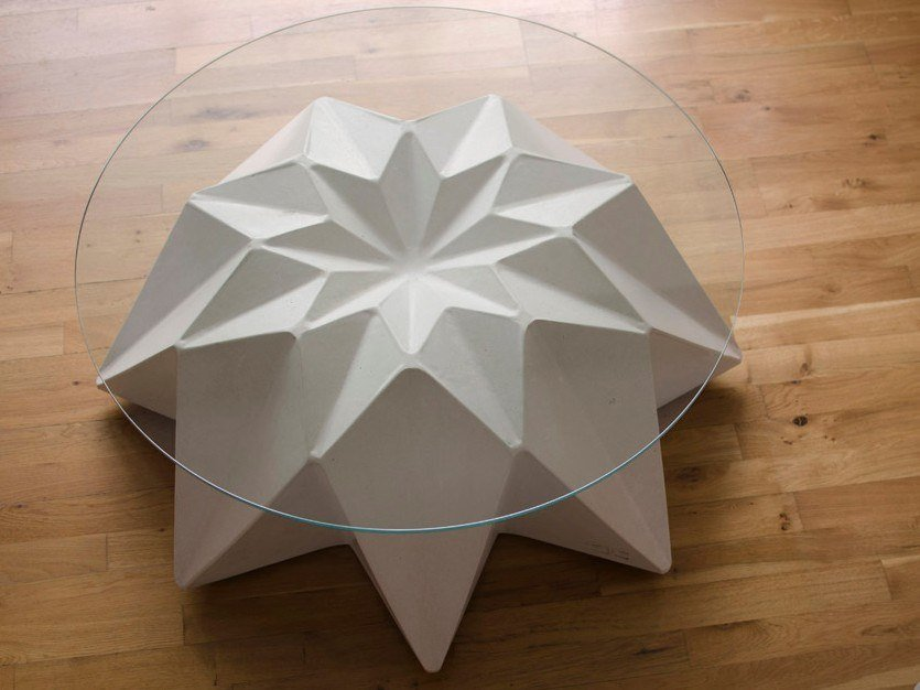 Round concrete garden side table KRONEN by Adam Christopher