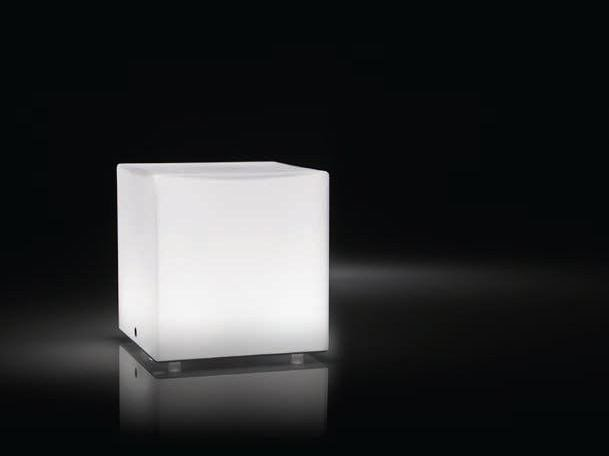 LED blown glass table lamp KUBIK | Table lamp by PANZERI