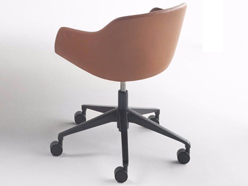 Leather chair with 5-spoke base with casters KUSKOA BI | Leather chair by ALKI