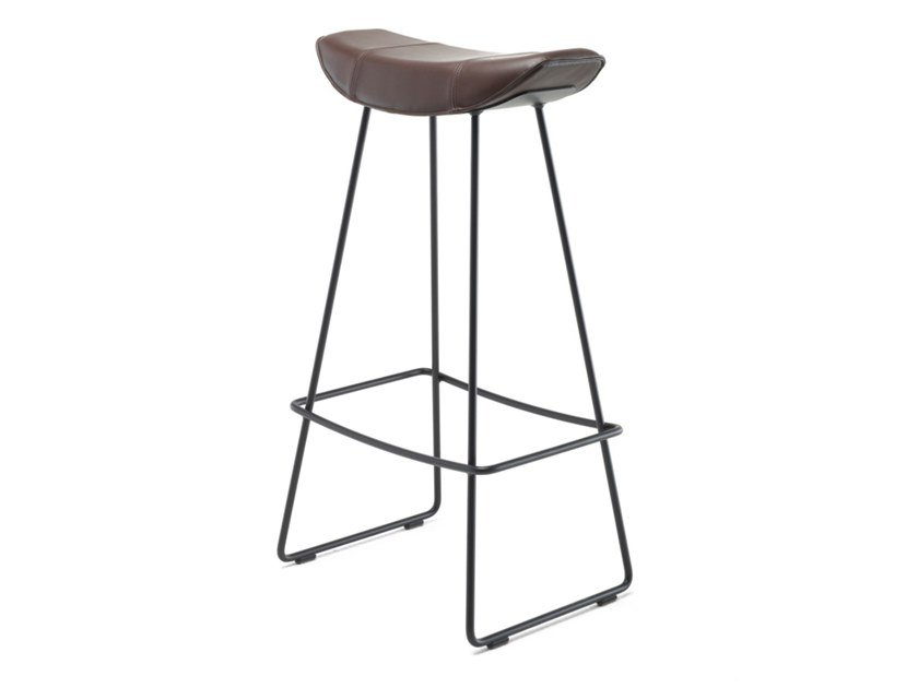 Leather barstool with footrest KYA BARSTOOL WIRE FRAME | Leather stool by Freifrau