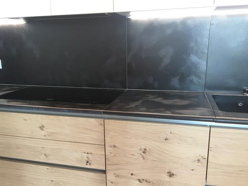 Top cucina in pietra lavica Top cucina by Acquario Due