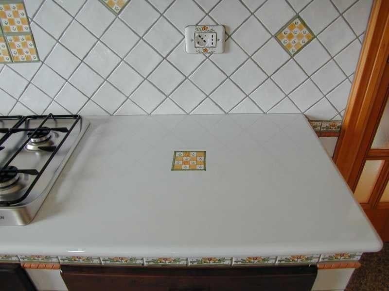 Glazed lava kitchen worktop Kitchen worktop by Sgarlata