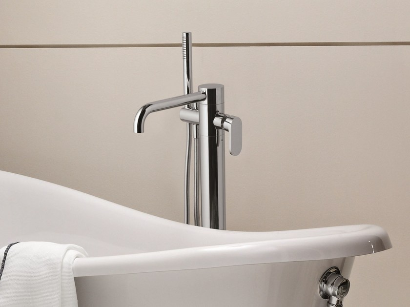 Floor standing bathtub mixer with hand shower LINEA | Floor standing bathtub mixer by AZZURRA sanitari