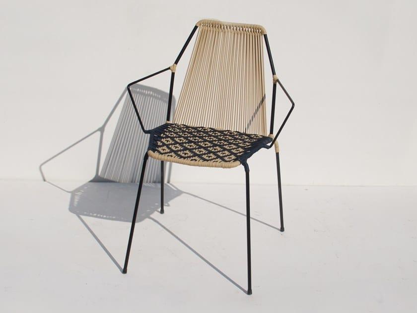 Sedia impilabile con braccioli LA PERLA | Sedia con braccioli by Tucurinca