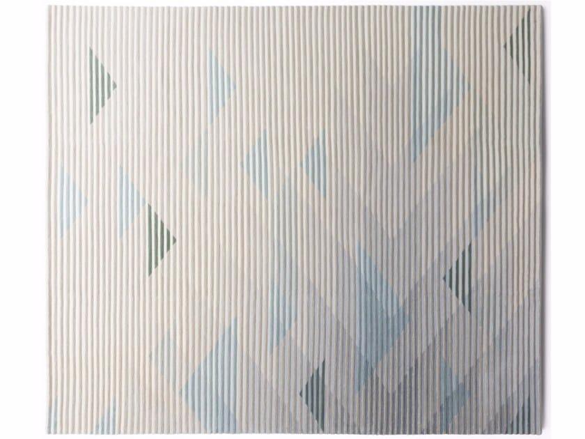 Handmade rug with optical pattern LAKE GREY by Golran