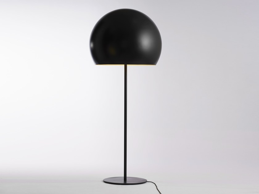 Direct light aluminium table lamp LALAMPADA | Table lamp by Opinion Ciatti