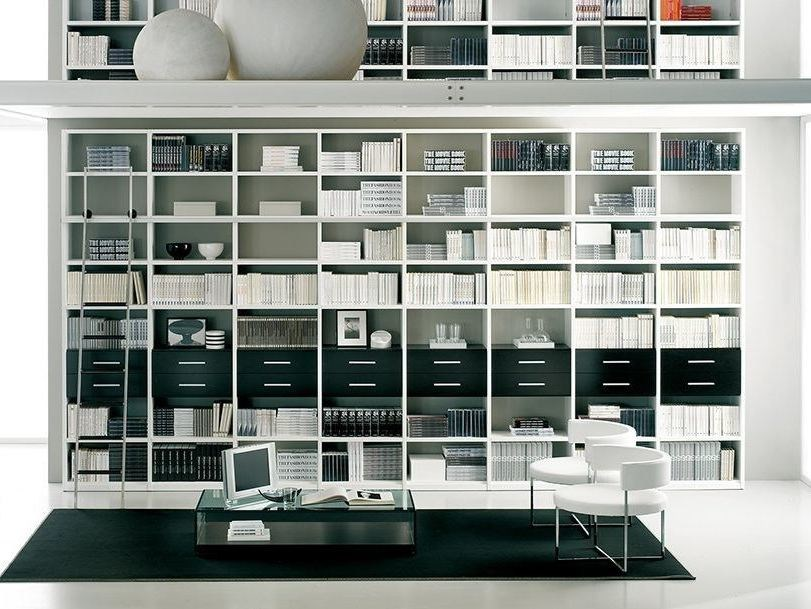 Wall-mounted lacquered bookcase with drawers LALTROGIORNO 870 by TUMIDEI