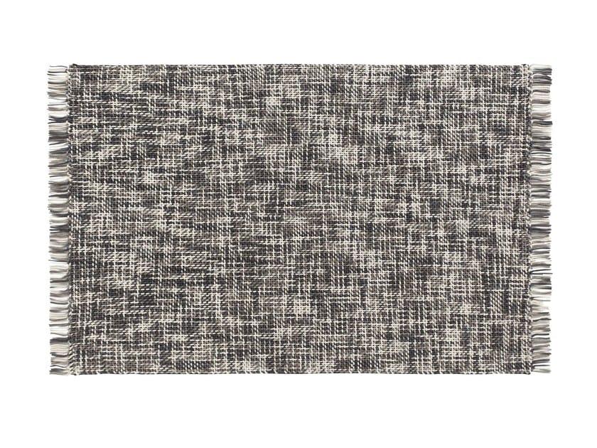 Rectangular wool rug LAMA by GAN