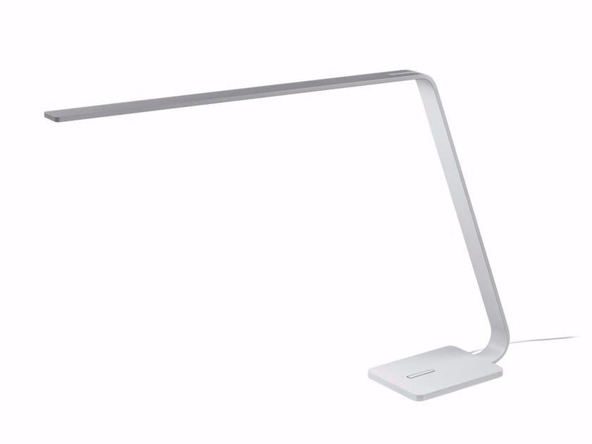 Lampada da tavolo a LED in alluminio LAMA_TAB by Linea Light Group