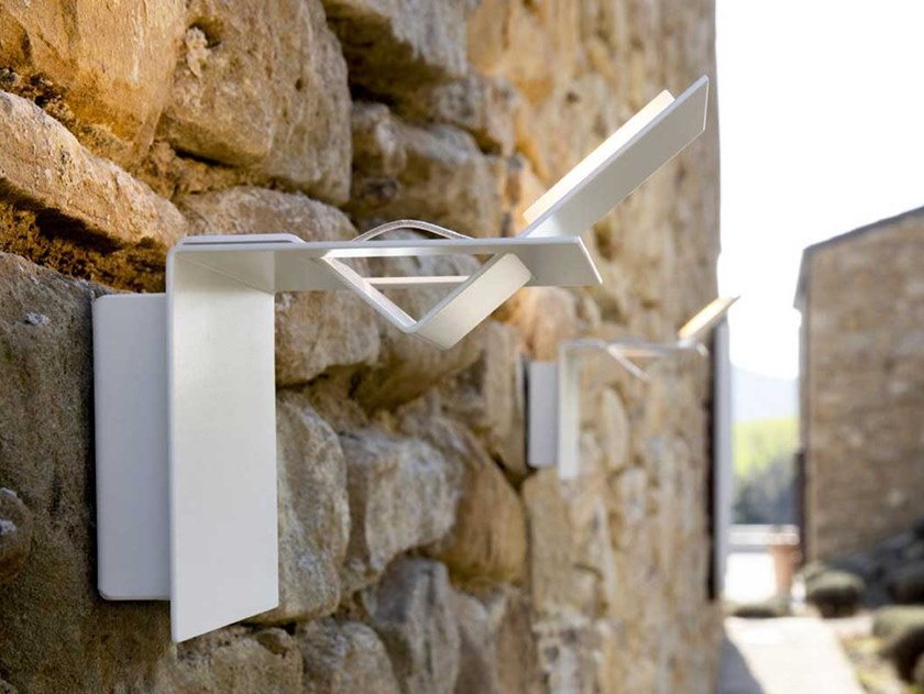 LED indirect light aluminium wall lamp LAMINA | Indirect light Outdoor wall lamp by Karman