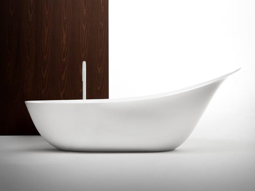 Vasca da bagno centro stanza ovale in Cristalplant® LANCETTA by FALPER