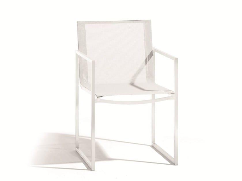 Steel garden chair with armrests LATONA | Armchair by MANUTTI