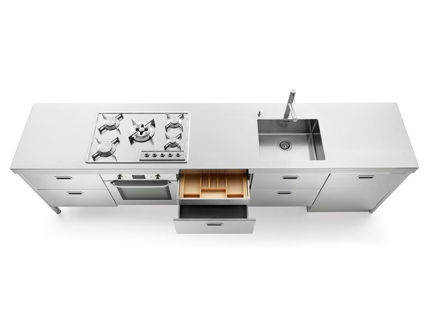Lc 310 1 cucina in acciaio inox by alpes inox for Cucine alpes inox prezzi