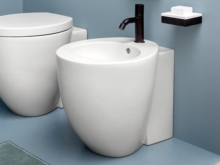 Ceramica Cielo Le Giare Prezzi.Le Giare Bidet By Ceramica Cielo Design Claudio Silvestrin