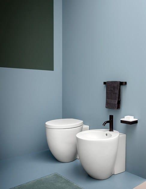 Sanitari Ceramica Cielo Prezzi.Le Giare Wc By Ceramica Cielo Design Claudio Silvestrin