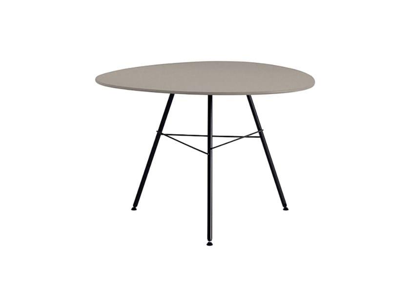 Design Oval garden side table LEAF | Garden side table by arper