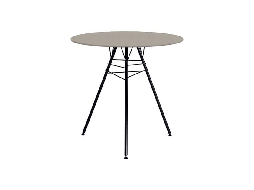 Design Round garden table LEAF | Round garden table by arper