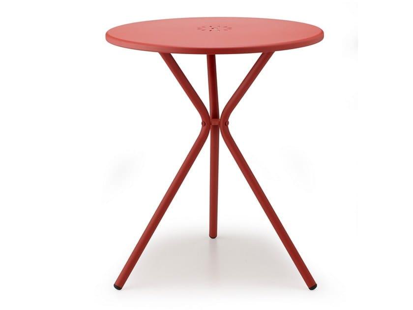 Garden table LEO by SCAB DESIGN