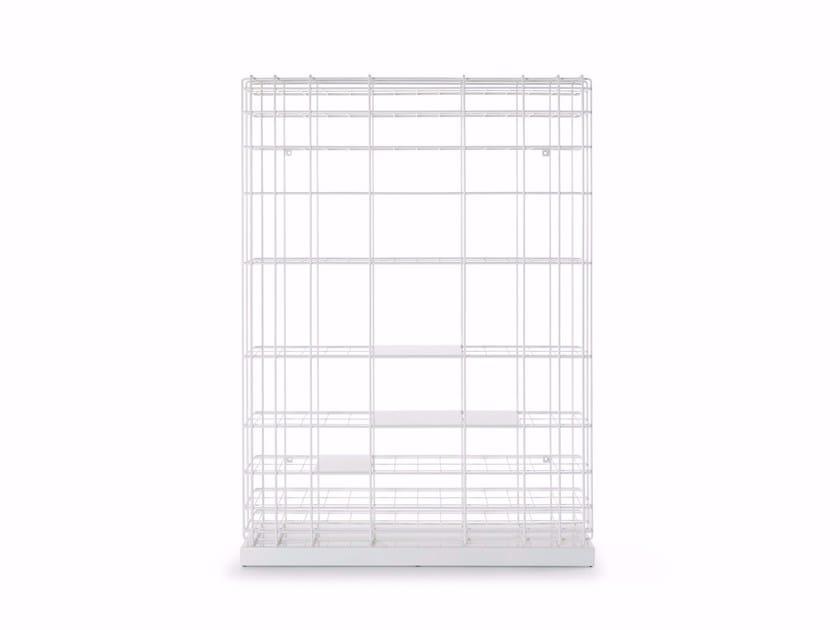 Freestanding lacquered iron bookcase LEYVA | Freestanding bookcase by Saba Italia