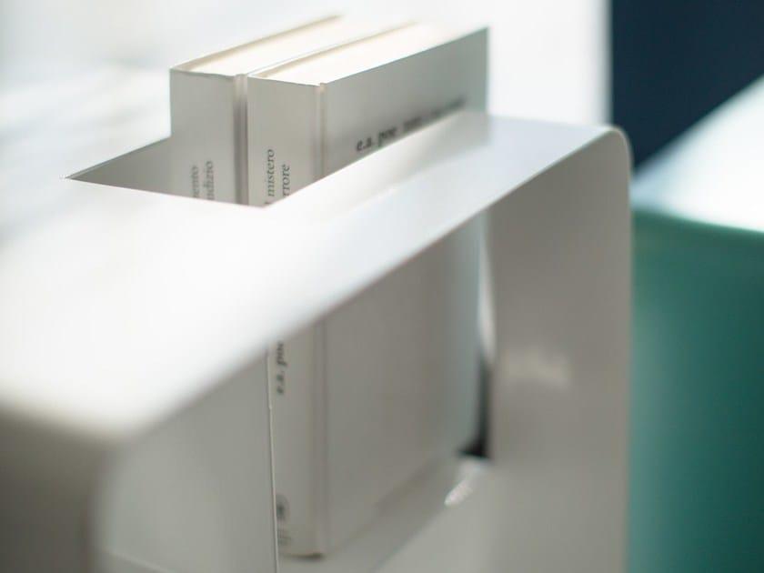 Tavolino portariviste portalibri e comodino per contract libris