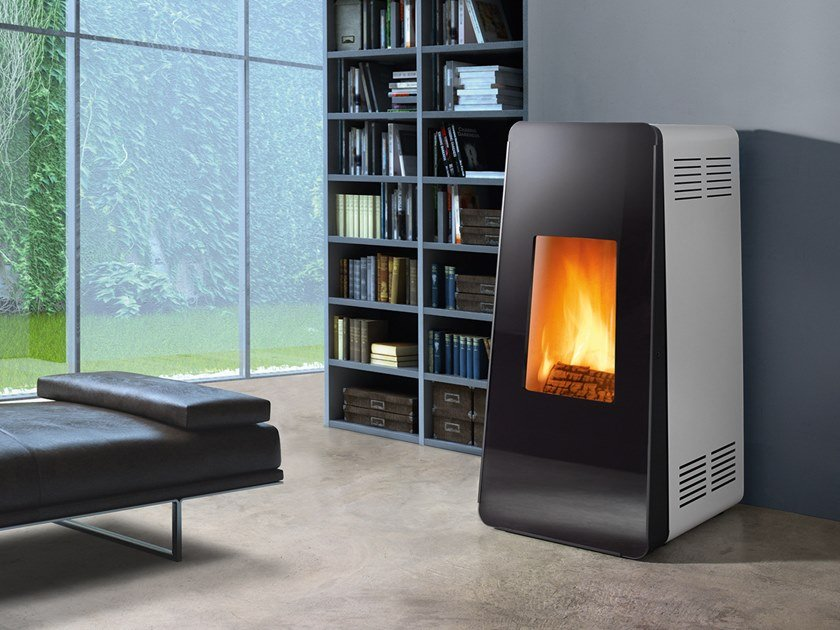 Wood-burning Class A wall-mounted steel stove LIFE XW | Wood-burning stove by CAMINETTI MONTEGRAPPA