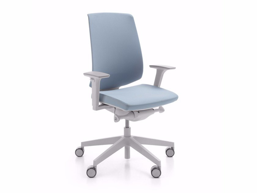 Task chair with 5-Spoke base with armrests LIGHTUP 230SFL by profim