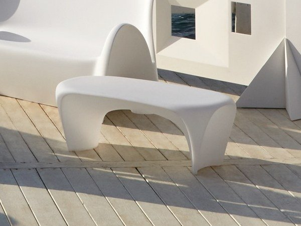 Low Poleasy® coffee table LILY | Coffee table by Myyour