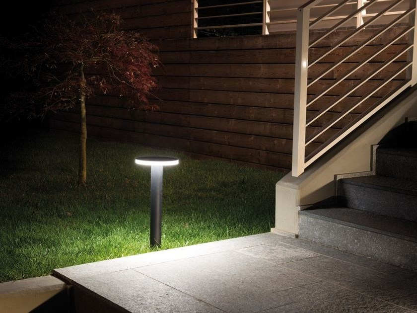 LED bollard light LINE 220 by Lombardo
