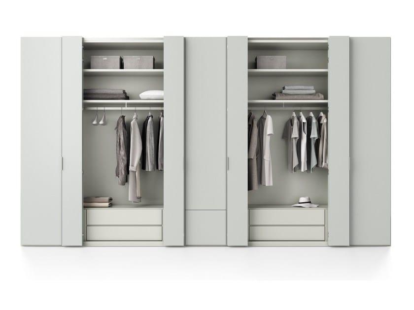 Armario de estilo moderno con puertas plegables lineare - Armario puertas plegables ...