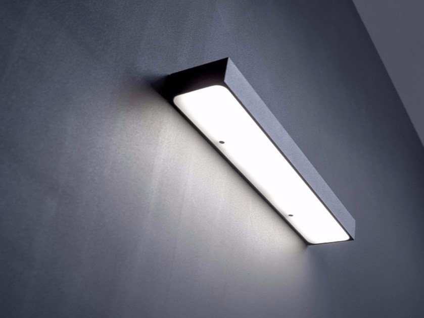 LED methacrylate and metal wall lamp LINET by DAVIDE GROPPI