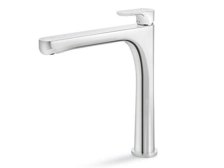 Countertop single handle washbasin mixer LINFA II | Single handle washbasin mixer by newform