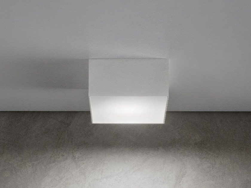 LED aluminium ceiling light LITTLE BOX by Olev