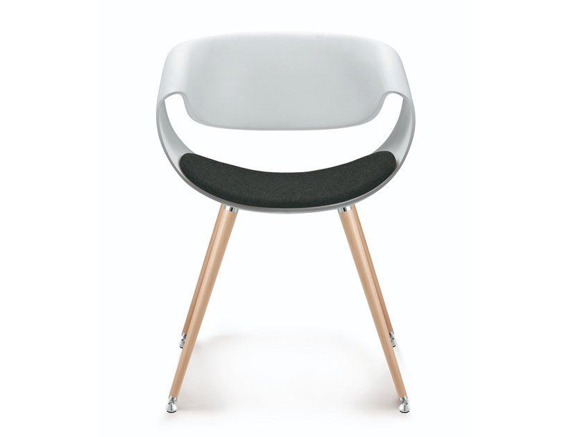 Plastic chair and beech legs with integrated cushion LITTLE PERILLO | Beech chair by ZÜCO