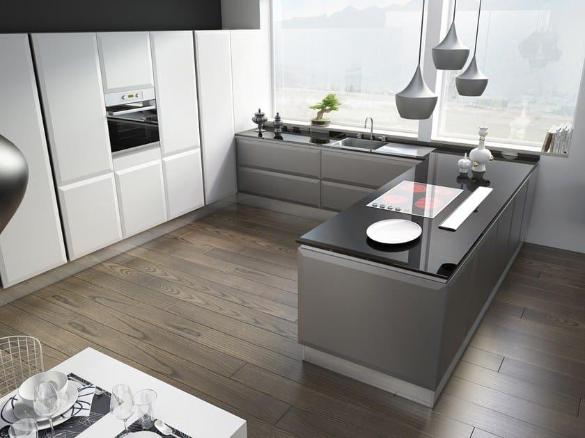 Cucina componibile in legno senza maniglie LIVIGNO By SCIC