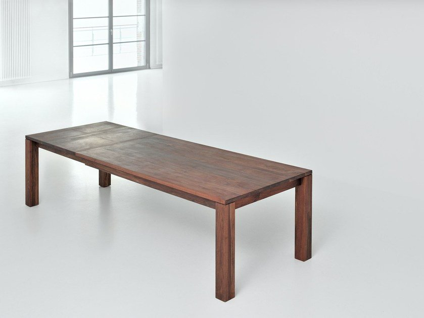 Extending rectangular solid wood table LIVING by Vitamin Design