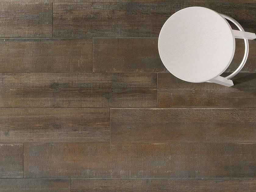 Pavimento/rivestimento in gres porcellanato effetto legno LOFT Leather by Italgraniti