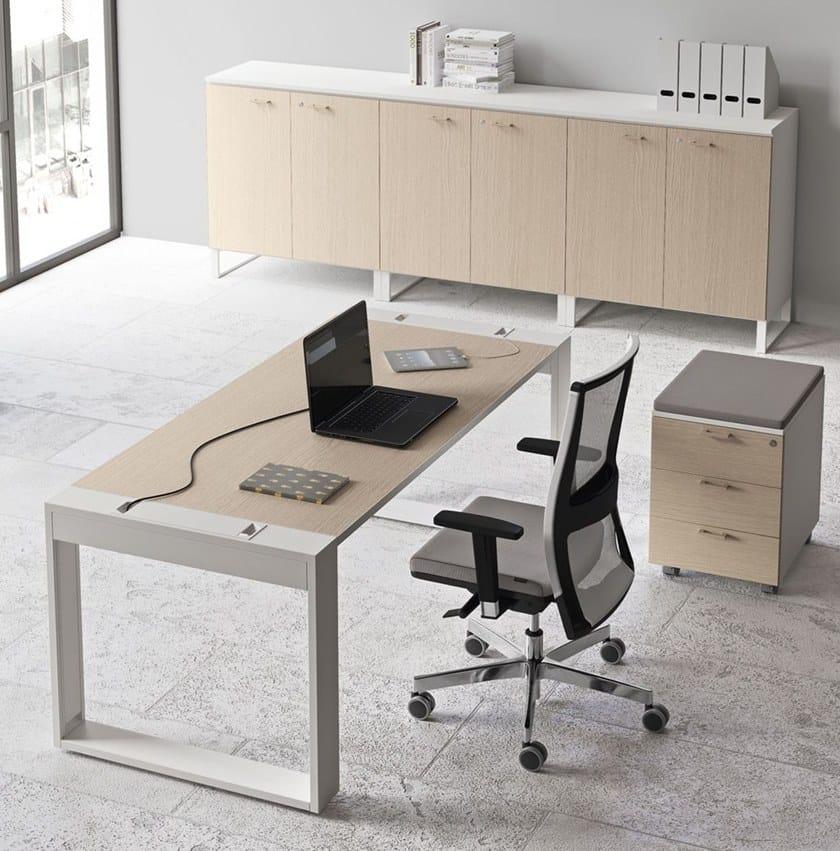 LOGIC | Rechteckiger Büro-Schreibtisch By Las Mobili