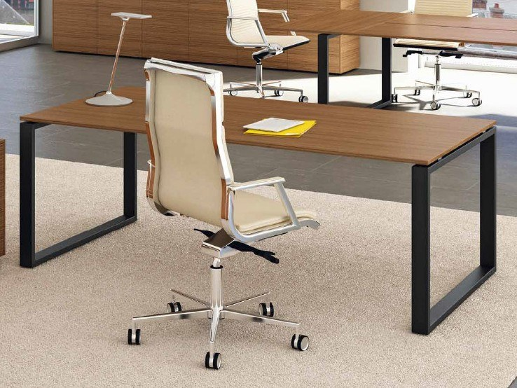 Aluminium and wood executive desk LOOPY   Executive desk by Bralco