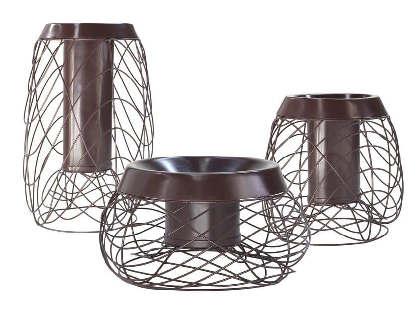 Powder coated aluminium vase LOS by Smania