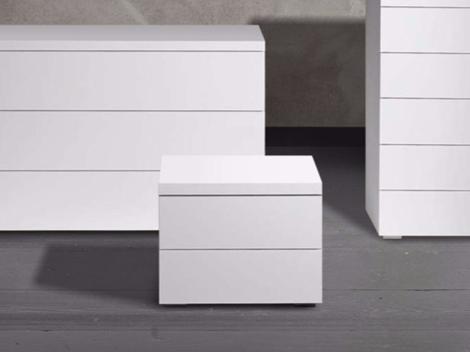Lacquered rectangular bedside table LOTO | Bedside table by Chaarme