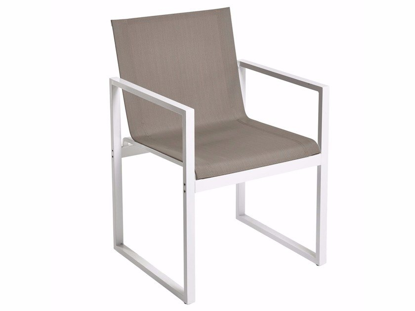 Sled base chair with armrests LOTO | Chair with armrests by Mediterraneo by GPB
