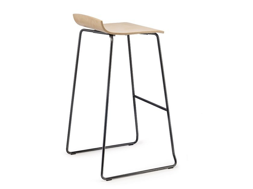 Stool with footrest LOTO | Stool by Mara